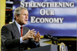 U.S. President George W. Bush speaks about economic security while visiting Davenport, Iowa, September 16, 2002. The president will attend a GOP fundraiser at the Mississippi Valley Fairgrounds before returning to the White House this afternoon.  REUTERS/Larry Downing