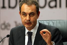 r_Spain's Prime Minister Jose Luis Rodriguez Zapatero gestures during the final news conference
