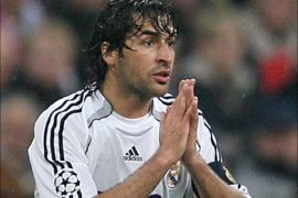 f_Real Madrid's Spanish forward Raul gestures during their Champions League football match against Bayern Munich at Allianz Arena Stadium in Munich, 07 March 2007