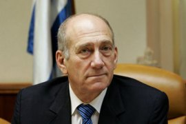 AFP/ Israeli Prime Minister Ehud Olmert attends the weekly cabinet meeting in Jerusalem, 16 September 2007. Israel is keeping silent on its apparent air strike in Syria to ease tensions with its archfoe