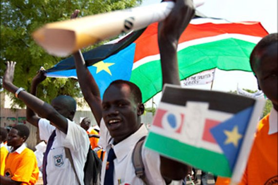 R_Southern Sudanese citizens march in the streets in support of the independence referendum in Juba, South Sudan, December 9, 2010. The referendum on whether the