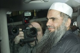 ondon, Greater London, UNITED KINGDOM : Radical Islamist cleric Abu Qatada sits in a car as he is driven away from a Special Immigration Appeals Hearing at the High Court in London on April 17, 2012 to jail after being re-arrested. British authorities re-arrested Abu Qatada on April 17 and began a fresh bid to deport him, saying they had resolved concerns about his treatment in Jordan. AFP PHOTO / MIGUEL MEDINA