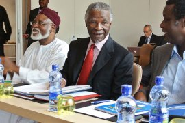 Chief African Union mediator and former South African president Thabo Mbeki (C), AU mediator and former Nigerian president Abdulsalami Abubakar (L) and Burundi's former president Pierre Buyoya (R) take part in the opening of border security talks between Sudan and South Sudan in Addis Ababa on June 4, 2012. Delegations from Sudan and South Sudan have been holding talks in the Ethiopian capital following heavy clashes last month that took the foes to the brink of all-out war.. Defence ministers from Sudan and South Sudan met today to discuss border security issues. A May 2, 2012, United Nations report called for a swift resolution on a number of outstanding disputes between Khartoum and Juba, including border demarcation and how to split oil revenues.AFP PHOTO/JENNY VAUGHAN