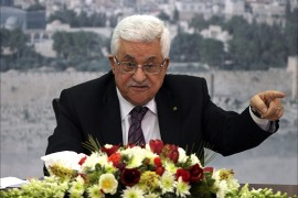 Palestinian President Mahmud Abbas delivers a speech in front of hundreds of Palestinians in the West bank city of Ramallah, on January 11, 2014. Israel unveiled plans on January 12, for more than 1,800 new settle