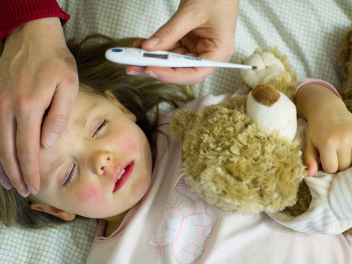 البقع الزرقاء لدى الأطفال مؤشر على سرطان الدم