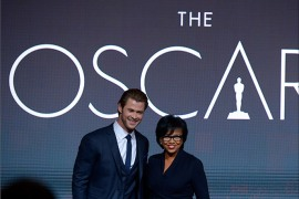 epa04024414 Australian actor Chris Hemsworth (L) and Academy President Cheryl Boone Isaacs (R) announce the nominations for the 86th Academy Awards in Los Angeles, California USA, 16 January 2014. The Academy Awards for outstanding film achievements of 2013 will be presented on 02 March 20014.  EPA/PAUL BUCK