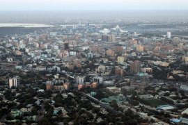An aerial view shows the Sudanese capital Khartoum on January 13, 2011. South Sudan was set to wrap up a week-long independence vote on January 15 confident one of the world's poorest regions is now securely on the path to becoming its newest nation state. مدينة الخرطوم
