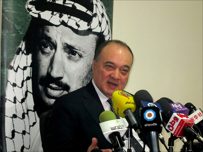 الانتخابات الفلسطينية تبدأ بسجال ساخن حول الإسلام السياسي