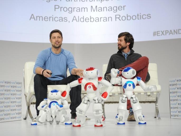 روبوتات المستقبل بصفات بشرية