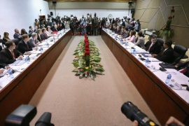 HAVANA, CUBA – JANUARY 21: Alex Lee (2nd L), Deputy Assistant Secretary for South America and Cuba, and Josefina Vidal (R), Cuban Foreign Ministry North America Director, sit down for the start of historic talks between the U.S. and Cuba at the Palacio de las Convenciones de La Habana January 21, 2015 in Havana, Cuba. This is the first of two days of talks that could restore diplomatic ties and mark the end of more than 50 years of of Cold War-era hostility between the two countries.