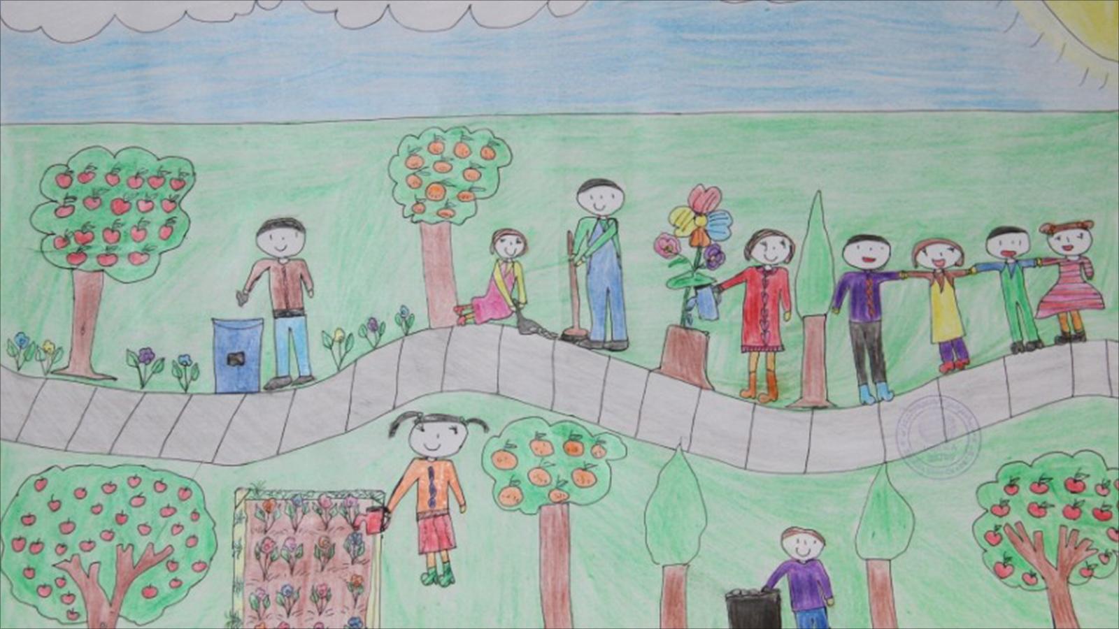 أطفال غزة يجسدون ألم العدوان في رسوماتهم