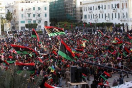 Libyans celebrate the fourth anniversary of the revolution against Muammar Gaddafi at Martyrs' Square in Tripoli, February 17, 2015. REUTERS/Ismail Zitouny (LIBYA – Tags: POLITICS CIVIL UNREST ANNIVERSARY)