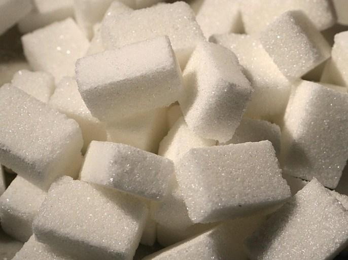 15 علامة تحذيرية تشير إلى تناولك الكثير من السكر