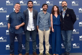 (L-R) Actors/cast members Mufit Kayacan, Berkay Ates, Turkish director Emin Alper, actors/cast members Tulin Ozen and Mehmet Ozgur pose during a photocall for the movie 'Abluka (Frenzy)' at the 72nd annual Venice International Film Festival, in Venice, Italy, 08 September 2015. The movie is presented in official competition 'Venezia 72'  at the festival running from 02 September to 12 September.