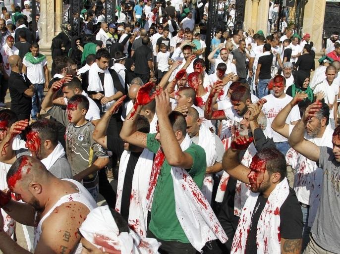 مشهد من إحياء حركة أمل الشيعية في لبنان لذكرى عاشوراء عام 2015 (الأوروبية)