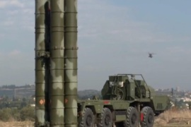 A handout frame grab from video footage released by the Russian Defence Ministry 26 November 2015 shows S-400 air defence missile system at the Hmeymim airbase outside Latakia, Syria. Russian defence Ministry declared 26 November that S-400 missile system were deployed at the Hmeymim airbase to to ensure air defense in every direction in Syria.  EPA/RUSSIAN DEFENCE MINISTRY PRESS SERVICE