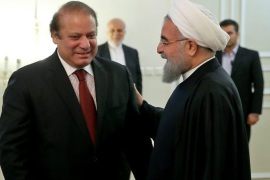 A handout picture made available by the presidential official website shows Iranian President Hassan Rowhani (R) receiving Pakistani Prime Minister Nawaz Sharif (L) in Tehran, Iran, 19 January 2016. Pakistani Prime Minister Nawaz Sharif arrived in Tehran after visiting Riyadh on 18 January in what Islamabad said was an effort to ease tensions between Saudi Arabia and Iran.  EPA/PRESIDENTIAL OFFICIAL WEBSITE/HANDOUT