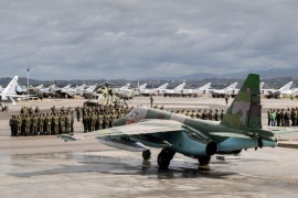 A handout picture made available by the Russian Defence Ministry shows Russian warplanes and military personnel at the the Syrian Hmeymim airbase, outside Latakia, Syria, 15 March 2016. First group of Russian warplanes left the Hmeymim airbase for permanent location airfields in Russia. Russian President Vladimir Putin ordered the withdrawal of the majority of Russian troops from Syria on March 15.  EPA/RUSSIAN DEFENCE MINISTRY / HANDOUT