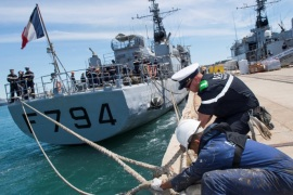 The French Navy's EV Jacoubet prepares to leave the Mediterranean port of Toulon, France, May 20, 2016 in this picture taken and released on Friday by the French Navy SIRPA Marine, to take part in a search operation of the EgyptAir passenger plane. Courtesy Marine Nationale/SIRPA/Stephane Dzioba/Handout via Reuters         ATTENTION EDITORS – THIS PICTURE WAS PROVIDED BY A THIRD PARTY. REUTERS IS UNABLE TO INDEPENDENTLY VERIFY THE AUTHENTICITY, CONTENT, LOCATION OR DAT