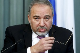 Israel's Foreign Minister Avigdor Lieberman attends a news conference after a meeting with his Russian counterpart Sergei Lavrov (not pictured) in Moscow, Russia in this January 26, 2015 file photo. Lieberman said on May 4, 2015 he would not join the new coalition government being formed by Prime Minister Benjamin Netanyahu, citing disputes over legislation. REUTERS/Sergei Karpukhin/Files