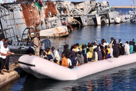 Some of the 346 refugees rescued by the Libyan coast guard arrive at the naval yard in Tripoli, Libya, 29 September 2015. According to reports some 346 refugees were rescued by the Libyan coast guard some 15 kilometers off the coast and transferred to the naval base in Tripoli. 28 September European maritime operations coordinated by the Italian coast guard rescued more than 1000 refugees off the coast of Libya who were attempting to make the journey to Europe's shores.