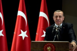 Turkish President Tayyip Erdogan makes a speech during an iftar event in Ankara, Turkey, June 29, 2016. Picture taken June 29, 2016. Yasin Bulbul/Presidential Palace/Handout via REUTERS ATTENTION EDITORS – THIS PICTURE WAS PROVIDED BY A THIRD PARTY. FOR EDITORIAL USE ONLY. NO RESALES. NO ARCHIVE.