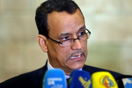 United Nations envoy for Yemen, Ismail Ould Cheikh Ahmed speaks to reporters upon his departure at Sanaa airport following a two-day visit to Sanaa, Yemen October 25, 2016. REUTERS/Khaled Abdullah
