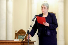 Sevil Shhaideh is sworn in for the position of minister for regional administration and public administration, in Bucharest, Romania, May 20, 2015. Picture taken May 20, 2015. Inquam Photos/Ovidiu Micsik/via REUTERS ATTENTION EDITORS – THIS IMAGE WAS PROVIDED BY A THIRD PARTY. EDITORIAL USE ONLY. ROMANIA OUT. NO COMMERCIAL OR EDITORIAL SALES IN ROMANIA.