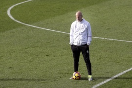 Real Madrid's French head coach Zinedine Zidane leads his team's training session at the Valdebebas sport complex in Madrid, Spain, 02 December 2016. Real Madrid will face FC Barcelona in El Clasico, the Spanish Primera Division soccer match on 03 December 2016.