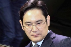 (FILE) – A file photo shows Lee Jae-yong, vice chairman of Samsung Electronics Co., getting into his car after concluding questioning at the special prosecutor's office in Seoul, South Korea, 14 February 2017 (issued 17 February 2017). According to reports on 17 February 2017, the Seoul Central District Court has approved the prosecution's request to arrest Samsung chief Lee Jae-yong, 48, over alleged bribery, embezzlement and perjury in connection to a corruption scandal involving Choi Soon-sil, a close friend of impeached South Korean President Park Geun-hye. Lee denied any wrongdoing, media added.  EPA/YONHAP SOUTH KOREA OUT