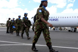 Kenya Defence Forces (KDF) soldiers, the first batch of the troops who had served in the U.N. peacekeeping mission in South Sudan, arrive at the Jomo Kenyatta international airport in Nairobi Kenya, November 9, 2016, after withdrawing in response to the sacking of their Kenyan commander of the UNMISS force following a U.N. inquiry.  REUTERS/Thomas Mukoya