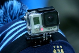 MANCHESTER, ENGLAND – JANUARY 16:  A fan watches the action with a GoPro camera on his hat during the Barclays Premier League match between Manchester City and Crystal Palace at Etihad Stadium on January 16, 2016 in Manchester, England.  (Photo by Alex Livesey/Getty Images)