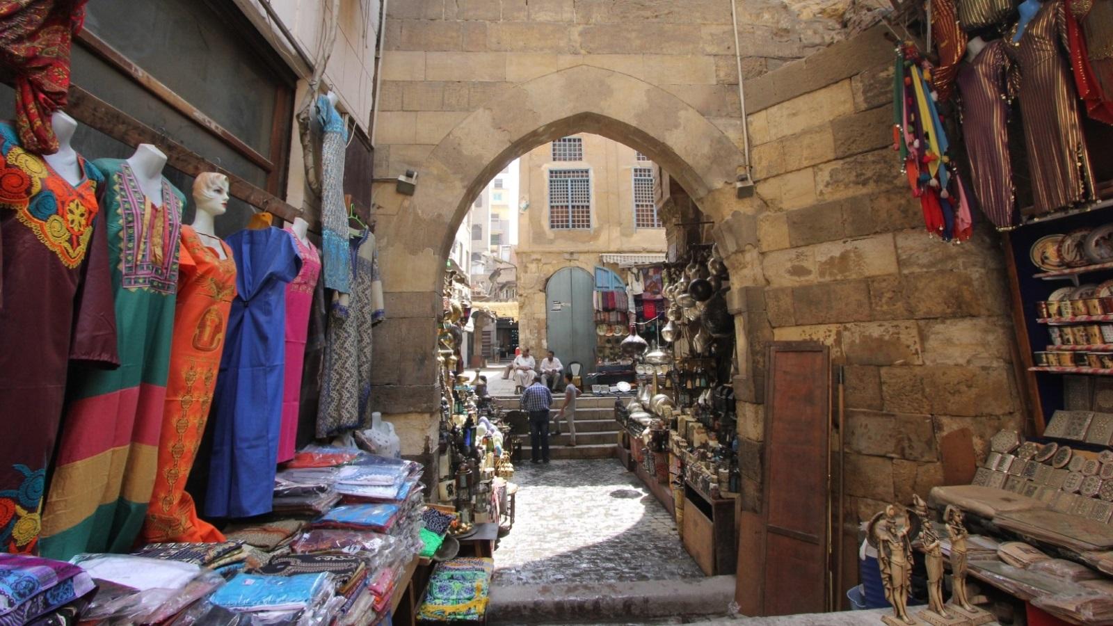 """""""حي الحسين"""".. هنا مر التاريخ وترك ذكرى"""
