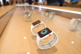 Apple watches are seen at a new Apple store in Chicago, Illinois, U.S., October 19, 2017.  REUTERS/John Gress