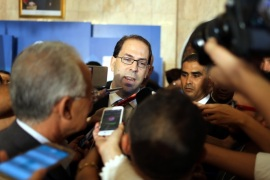epa05453080 Tunisia's newly appointed prime minister Youssef Chahed speaks to media after being appointed by the Tunisian president at Carthage Palace in Carthage, Tunis,Tunisia, 03 August 2016. EPA/MOHAMED MESSARA