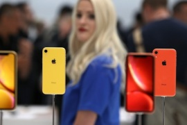 CUPERTINO, CA – SEPTEMBER 12: The new Apple iPhone XR is displayed during an Apple special event at the Steve Jobs Theatre on September 12, 2018 in Cupertino, California. Apple released three new versions of the iPhone and an updated Apple Watch.   Justin Sullivan/Getty Images/AFP== FOR NEWSPAPERS, INTERNET, TELCOS & TELEVISION USE ONLY ==