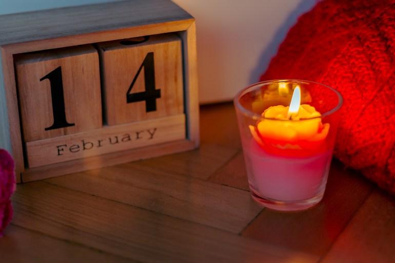 لمسات ديكور باللون الأحمر زيني منزلك بيوم الحب