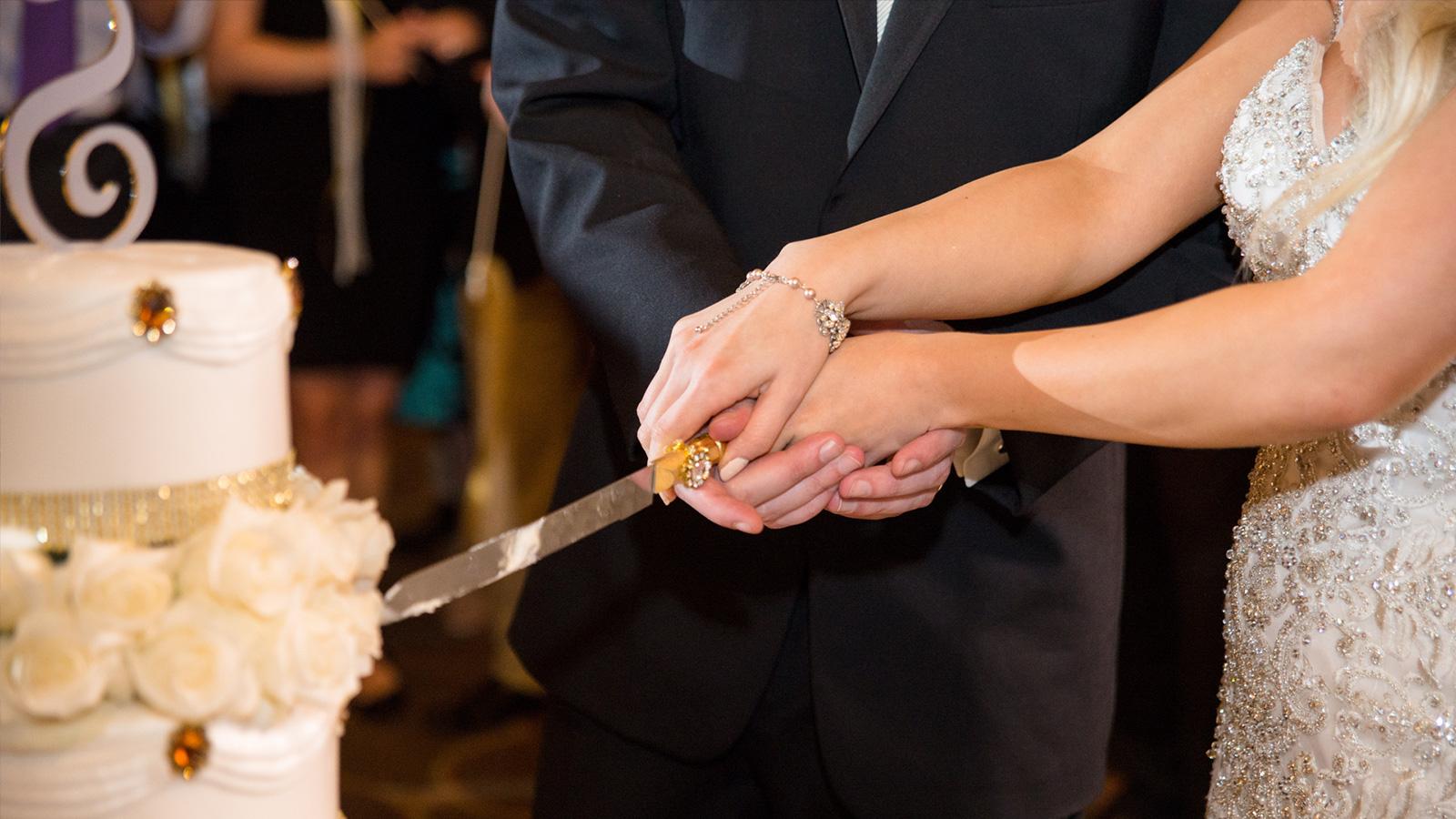 اكتشف 27 عادة غريبة للاحتفال بالزواج حول العالم