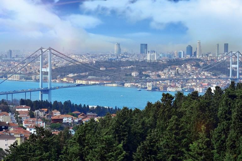 إسطنبول حلت في المرتبة الأولى من حيث بيع العقارات بواقع مليون و199 ألفا و715 خلال الفترة 2015-2020 (الجزيرة)