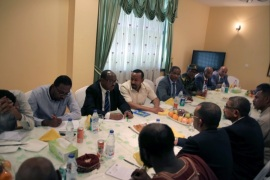 epa07632619 Ethiopian Prime Minister Abi Ahmed meets with members of the Sudanese opposition coalition forces of freedom and change to mediate in the political crisis, at the Ethiopian Embassy in Khartoum, Sudan, 07 June 2019. According to media reports, Ethiopian Prime Minister arrived in Khartoum to mediate talks between the ruling generals and the demonstrators Where heavily armed paramilitary forces remained scattered in some squares in the Sudanese capital after a deadly campaign, leaving the population in 'terrorism'. The African Union has suspended Sudan from the Union on 06 June until the establishment of civilian rule, demanding an end to the current military rule. EPA-EFE/MARWAN ALI