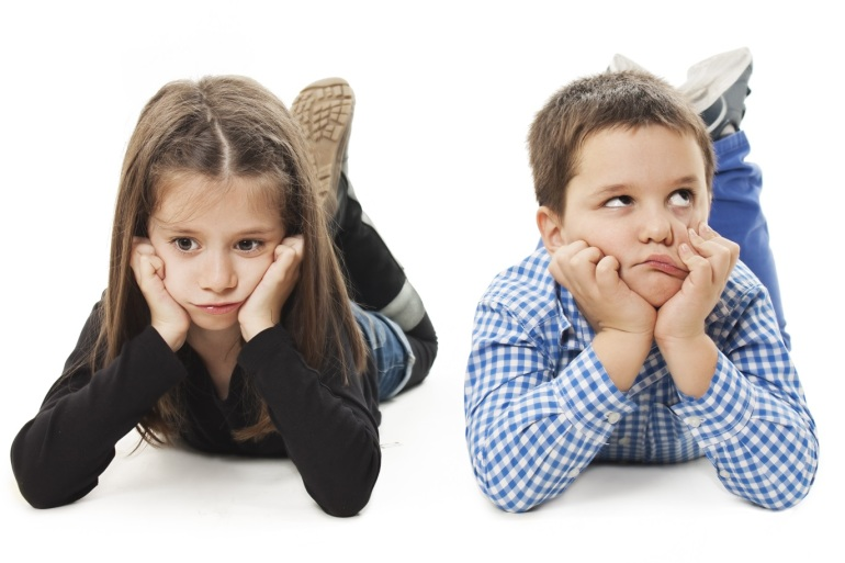 10 نصائح تساعد الأم على التعامل مع طفلها العصبي