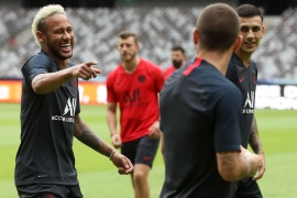 SHENZHEN, CHINA – AUGUST 02:  Neymar Jr of Paris Saint-Germain looks during the training session ahead of the French Trophy of Champions football match between Rennes and Paris Saint-Germain at Shenzhen Universiadg Sports Center stadium on August 2, 2019 in Shenzhen, China.  (Photo by Lintao Zhang/Getty Images)