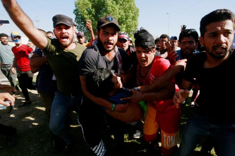 انتشار أمني كثيف في الميادين والشوارع الرئيسية.. سبعة قتلى بمظاهرات العراق اليوم | عراق أخبار | الجزيرة نت