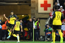 PRAGUE, CZECH REPUBLIC – OCTOBER 02: Achraf Hakimi of Borussia Dortmund celebrates after scoring his sides first goal during the UEFA Champions League group F match between Slavia Praha and Borussia Dortmund at Eden Stadium on October 02, 2019 in Prague, Czech Republic. (Photo by Sebastian Widmann/Getty Images)