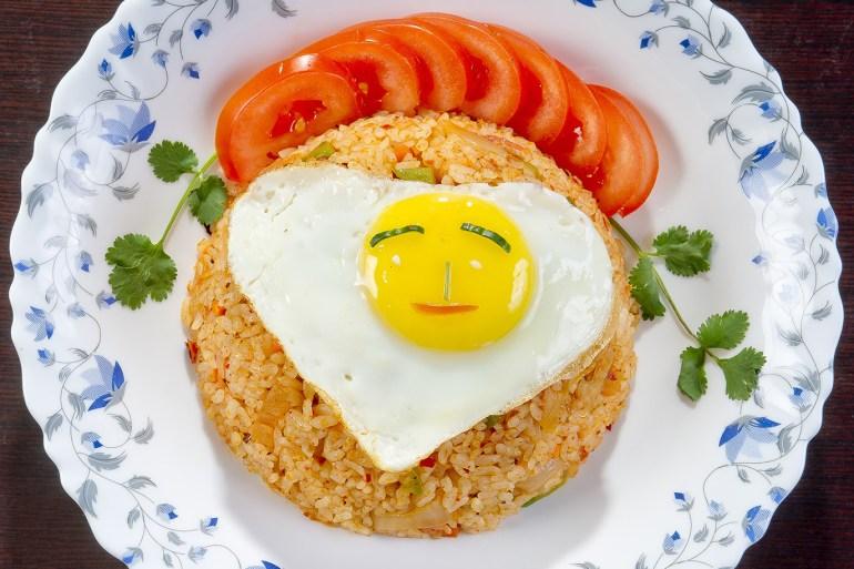 منها الأرز والهليون والشمام 7 أطعمة فعالة لعلاج الحموضة