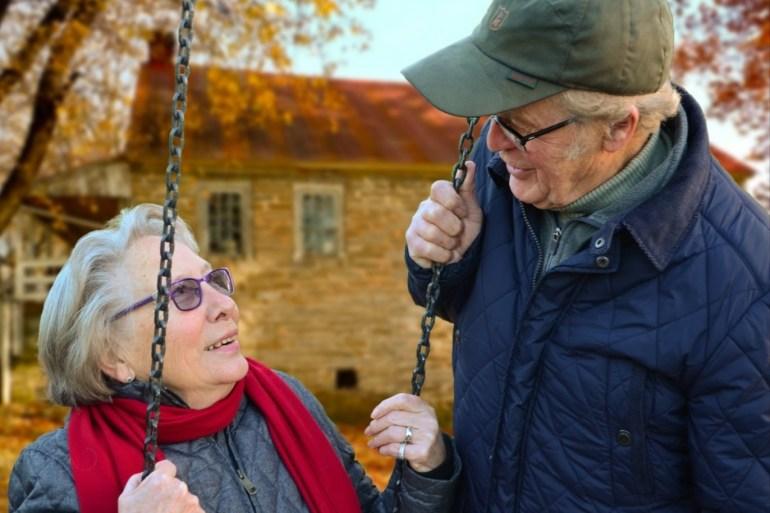 أظهرت الدراسات أن الرجال يواجهون خطر الموت بعد وفاة شريكة الحياة (بيكسابي)