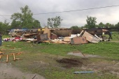 A trailer home where two people were killed after a possible tornado, is damaged in Breaux Bridge, St. Martin Parish, Louisiana, U.S., April 2, 2017. St. Martin Parish Sheriff's Office/Handout via REUTERS   ATTENTION EDITORS – THIS IMAGE WAS PROVIDED BY A THIRD PARTY. EDITORIAL USE ONLY.