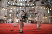 Disinfection works at Istanbul's mosques ahead of re-opening