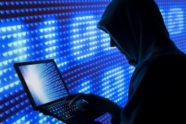 قرار الشركة إغلاق نظام التجسس بيغاسوس جاء بعد افتضاح أمره (الجزيرة)