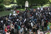 Hundreds protest George Floyd death in Washington
